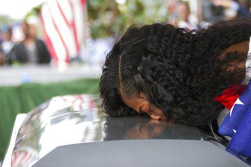 Fallen Soldier Widow_493547