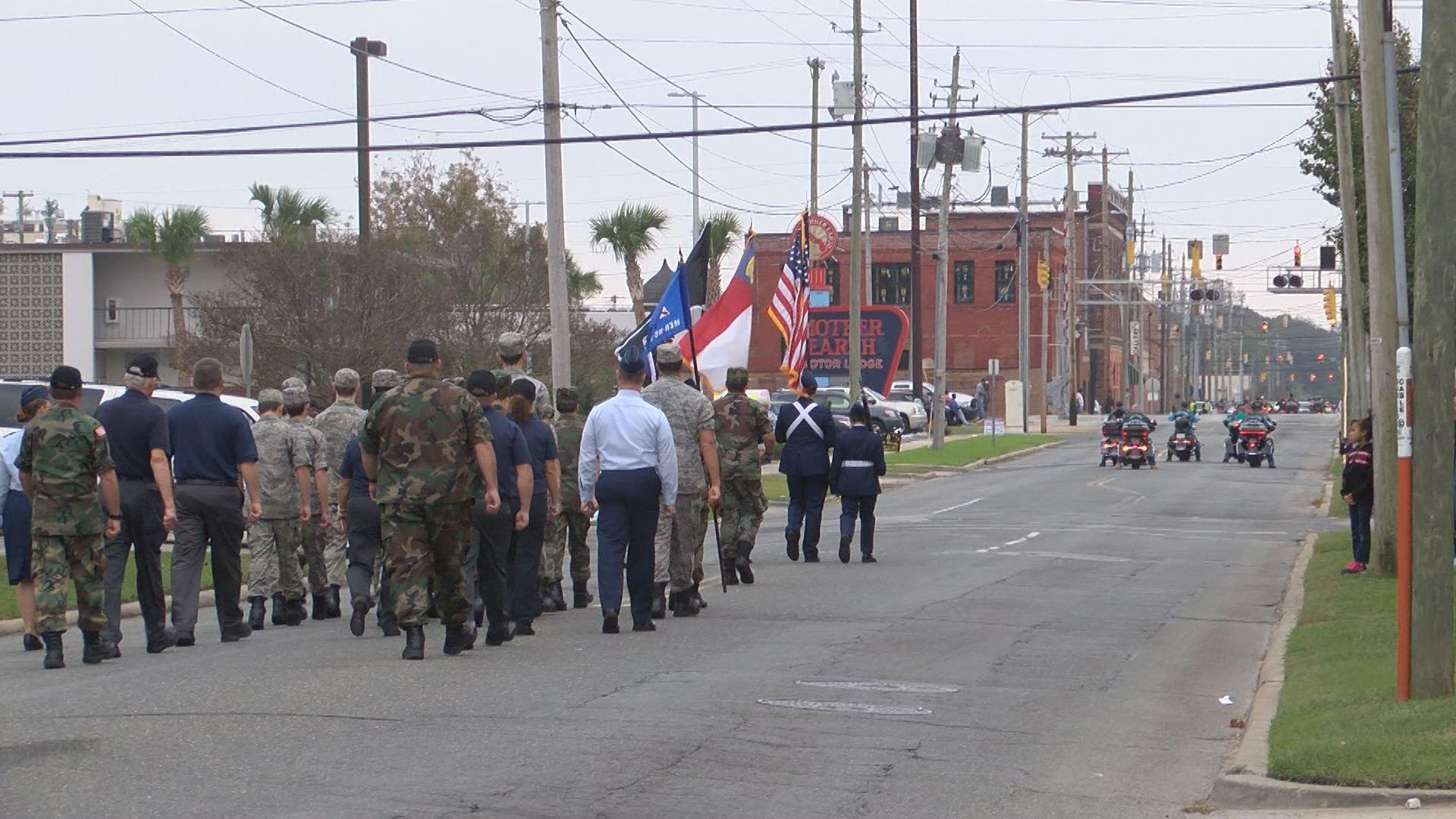 veteran parade_501959