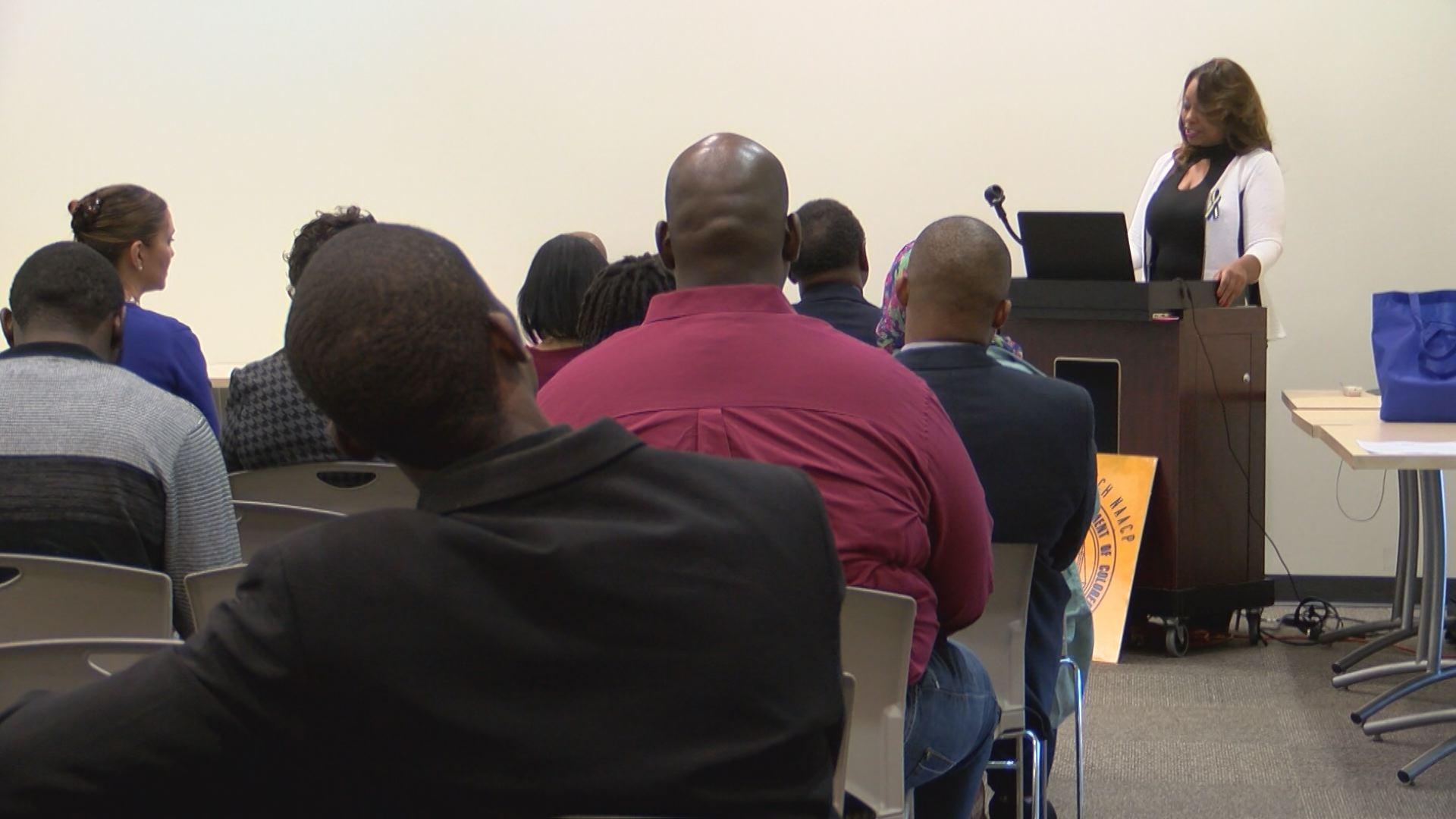 NAACP MEETING_571943
