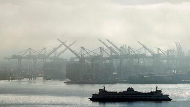 economy port ship import_1556289106024.jpg_84481534_ver1.0_640_360_1556309977767.jpg.jpg
