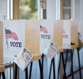 VotingBooth32