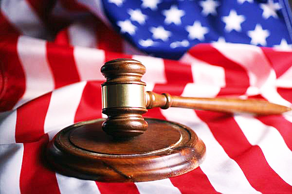gavel-american-flag-600