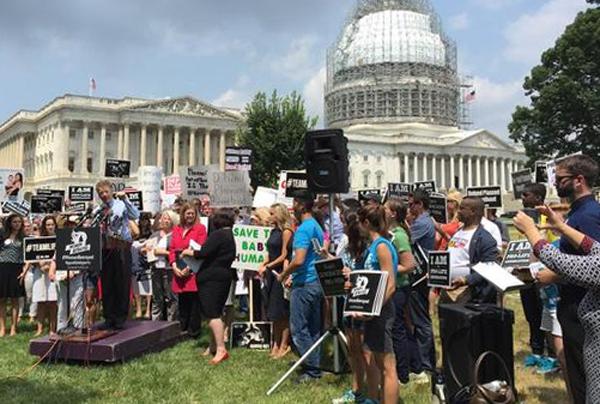 """Sen. rand Paul speaks at """"Women Betrayed"""" rally in Washington, D.C."""