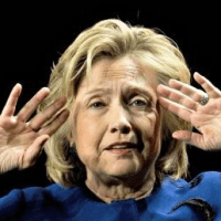 10 prominent doctors question Hillary's health