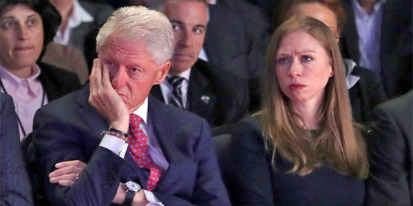 Former President Bill Clinton with daughter, Chelsea (Photo: Twitter)