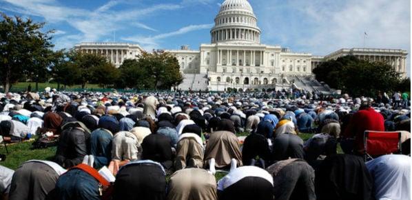 capitol-muslim-worship