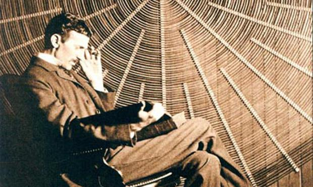 https://i0.wp.com/www.wnyc.org/i/1200/627/80/photologue/photos/EPISODE_Teslathinker.jpg