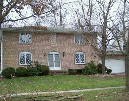 Williamsville 4 BR 2 1/2 bath
