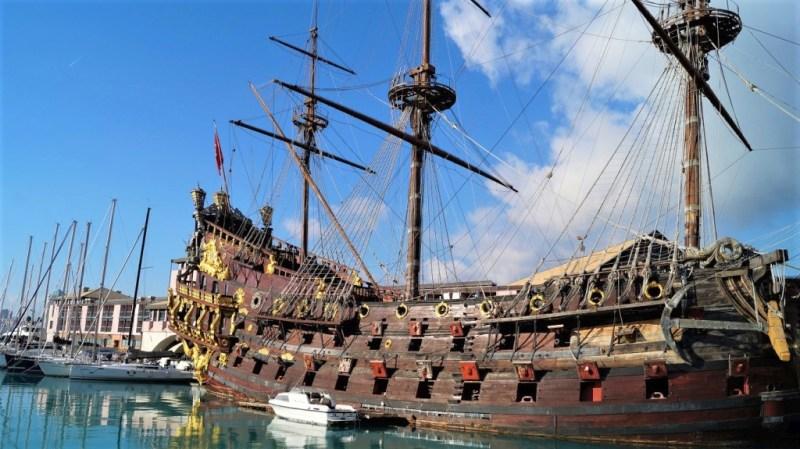 Piratenschiff Neptun in Genua Ligurien