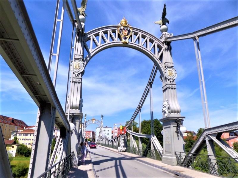 Salzachbrücke - von Oberndorf nach Laufen