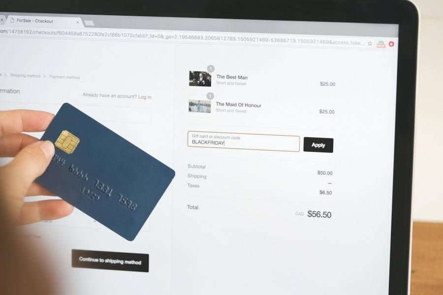 Make the Checkout Process Easy Image