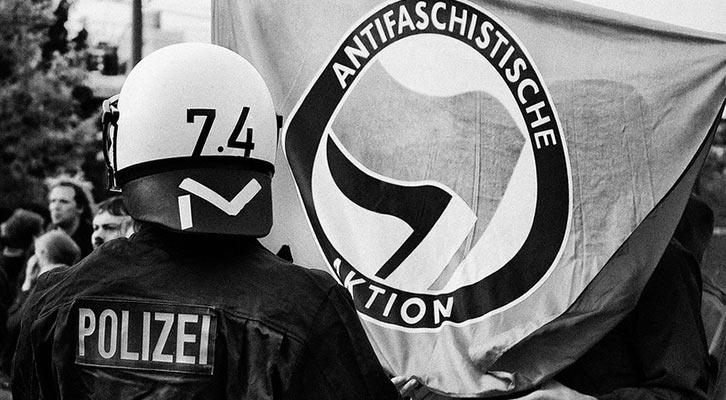 TV-Expertin Strobl in Deutschland als Linksextremistin enttarnt
