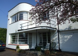 Sample Modernist House with Crittall Steel Windows