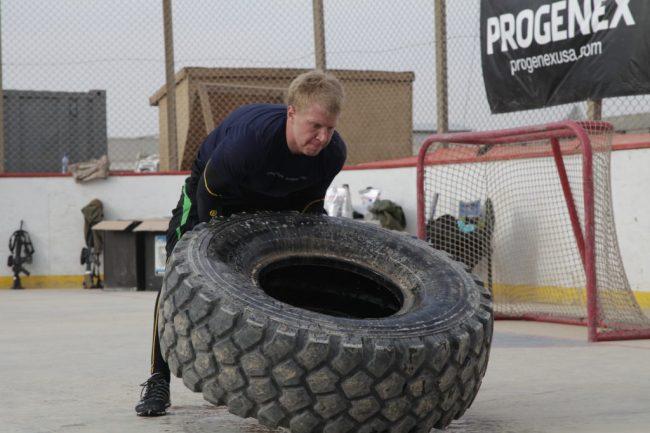 un crossfitteur s'essaye au workout Kandahar