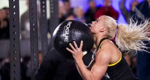 CrossFit Wall Ball