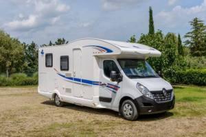 Ahorn Camp T 690 Plus Eco Modell 2019 Außenansicht Wohnmobil mieten Wohnmobilvermietung Brandenburg Berlin
