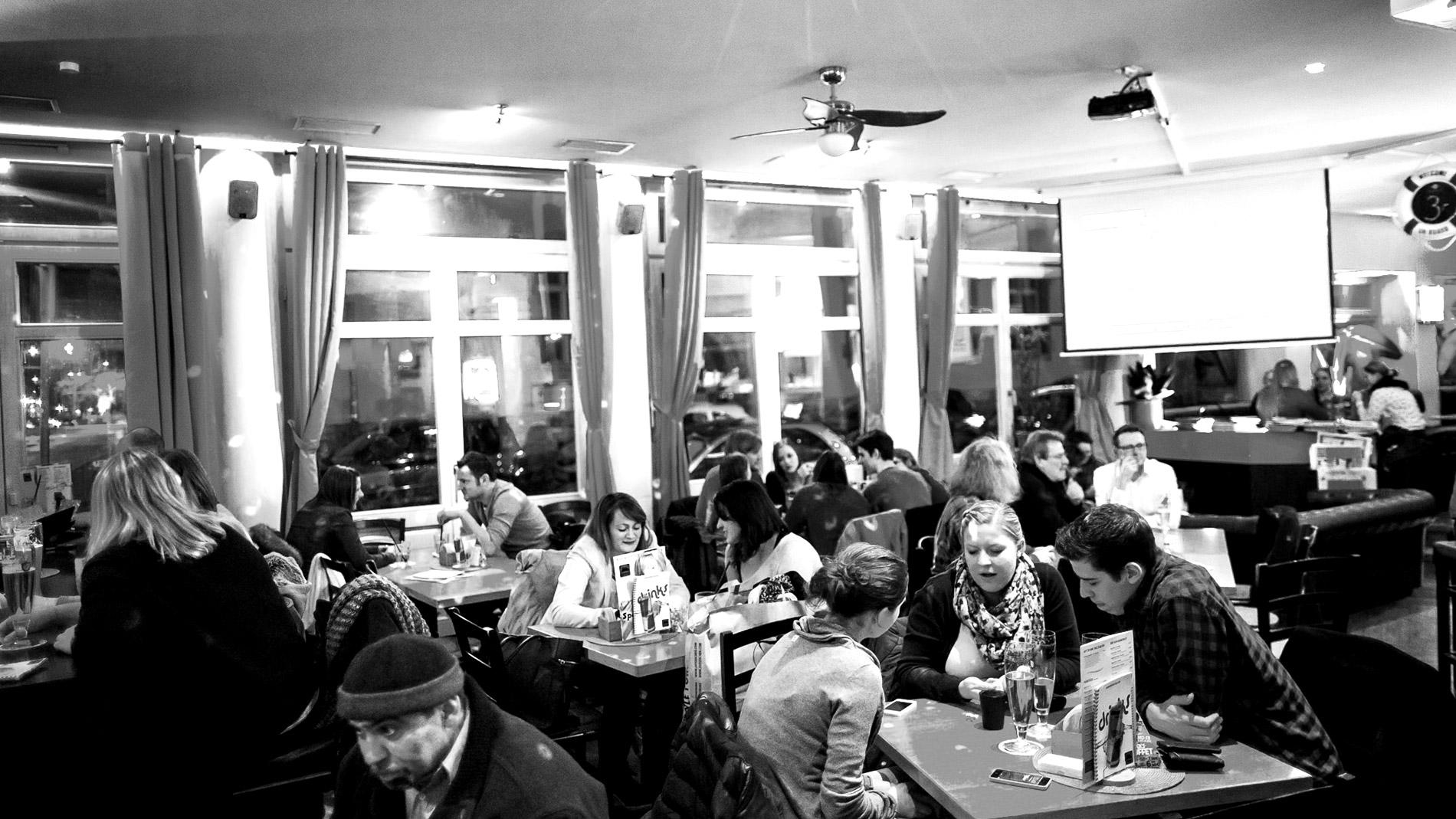 1550_wohnzimmer_wuerzburg  Wohnzimmer Bar