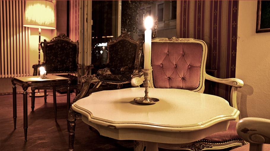 Wohnzimmer Bar  Wohnzimmer  Caf  Bar  Dresden