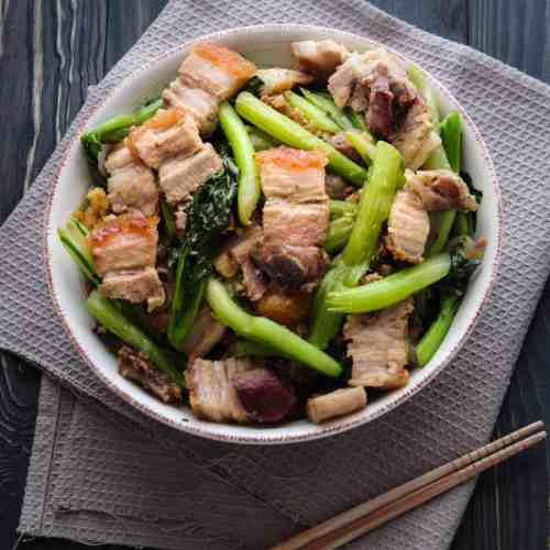 Stir Fried Crispy Pork Belly With Asian Greens - This crispy pork belly stir fry is the best way to add wonderful flavour to your leafy vegetables! Unbelievably satisfying and incredibly simple, your family will love this at the dinner table!
