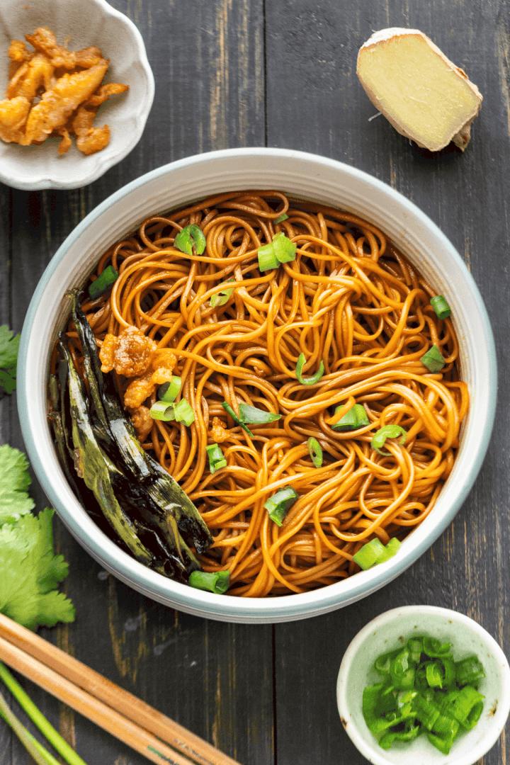 Scallion Oil Noodles in a bowl.