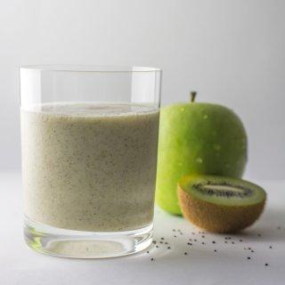 Apple, Kiwi and Chia Seed Smoothie