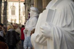 Luther-Plastiken auf dem Prinzipalmarkt und dem Balkon des Rathauses zu Münster. Foto: A. Hasenkamp, Fotograf in Münster.