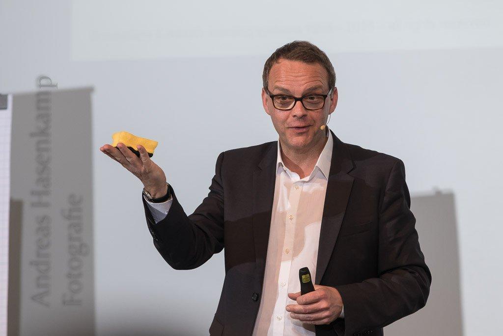Über Resilienz sprach Dr. Denis Mourlane in der Cloud in Münster. Foto: A. Hasenkamp, Fotograf in Münster.