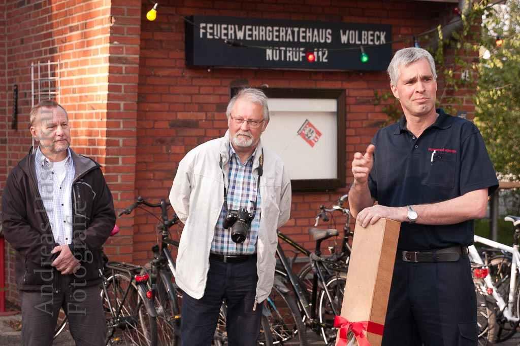 Maibaum-Aufrichten und Tanz in der Mai mit dem Heimatverein Wolbeck und dem Löschzug Wolbeck. Foto: A. Hasenkamp, Fotograf in Münster.