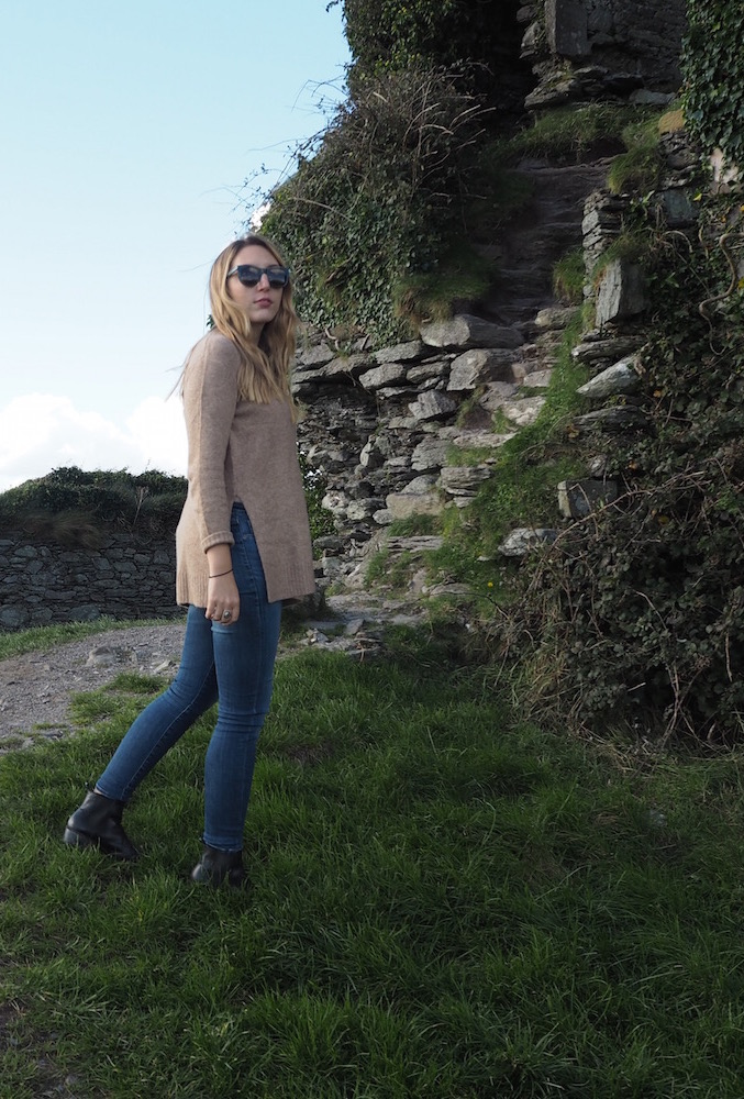 Ballycarbery Castle | Wolf & Stag