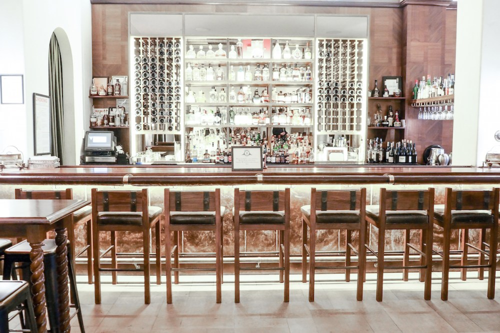 The Refinery Hotel - Snug Bar   Wolf & Stag