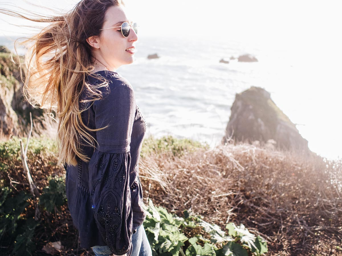 One Night in Wine Country | Wearing a Kirei navy blouse and Ray-Ban Sunglasses | Wolf & Stag Adventures