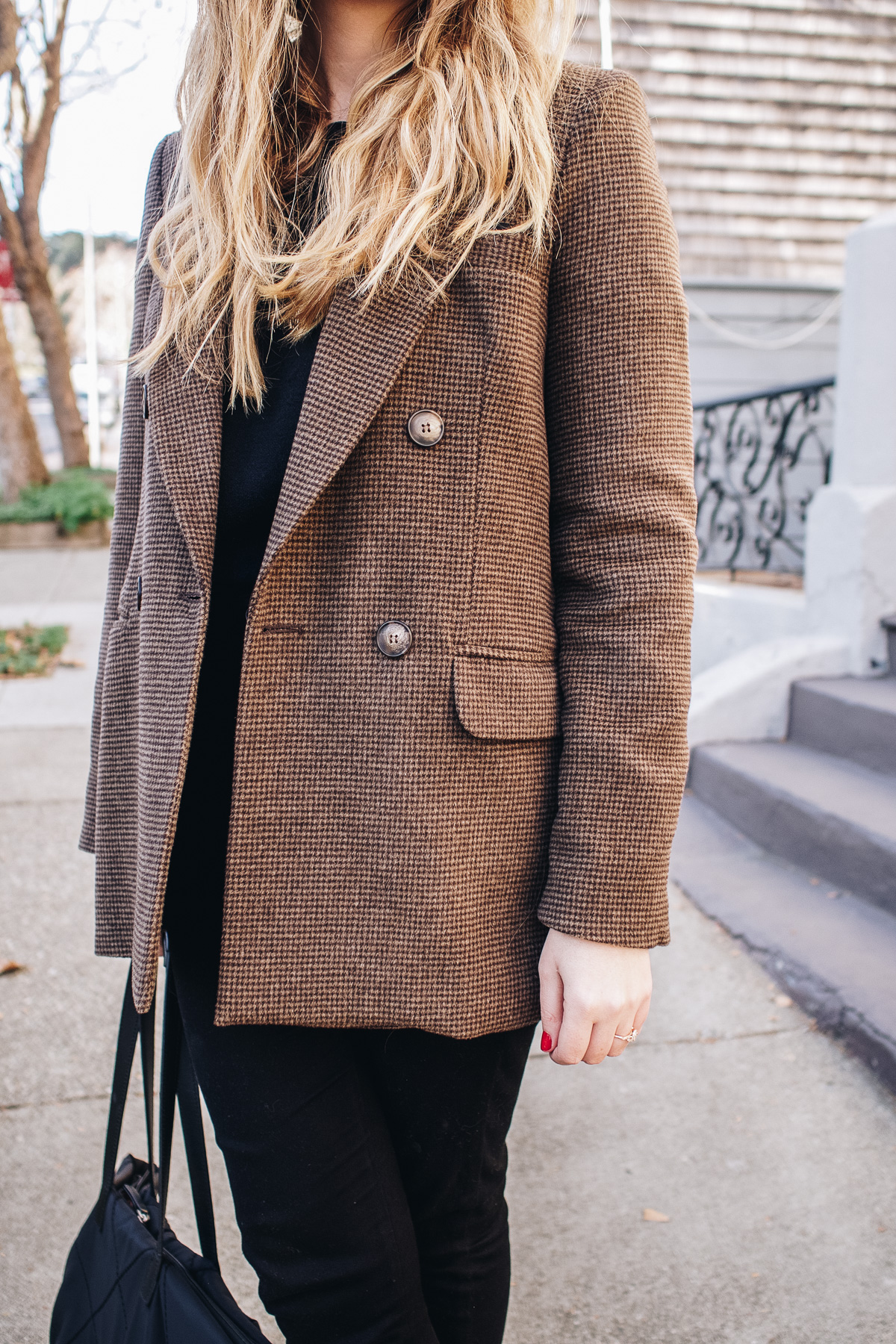 The Two Californian Fashion Brands That I'm Loving Lately | Featuring Reformation blazer, Modern Citizen sweater, Lucky Brand jeans and Sam Edelman black suede boots | Wolf & Stag