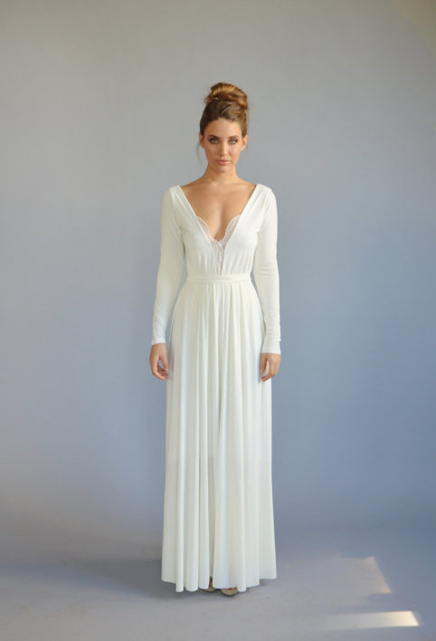 Wedding Dress Shopping: The Best Wedding Dresses Under $500 | Wolf & Stag