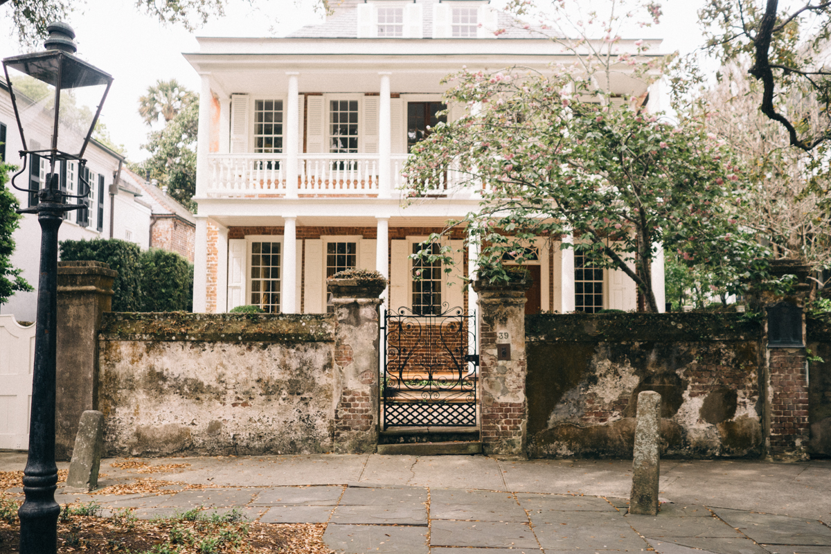 Wanderings in Charleston, antebellum mansions south of broad | Wolf & Stag