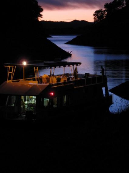 Houseboat at dusk
