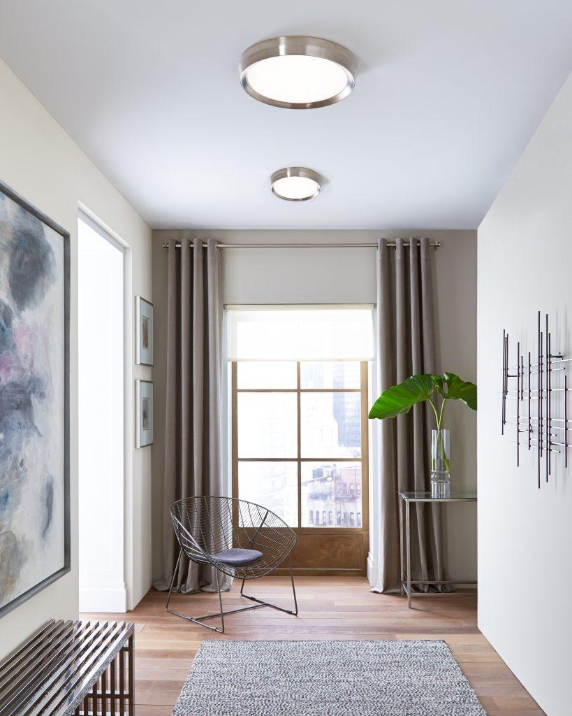 choosing the perfect foyer lighting