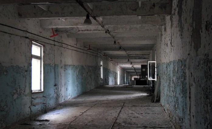Edificios abandonados alrededor del Duga-3 - Copyright The Wolff Chronicles