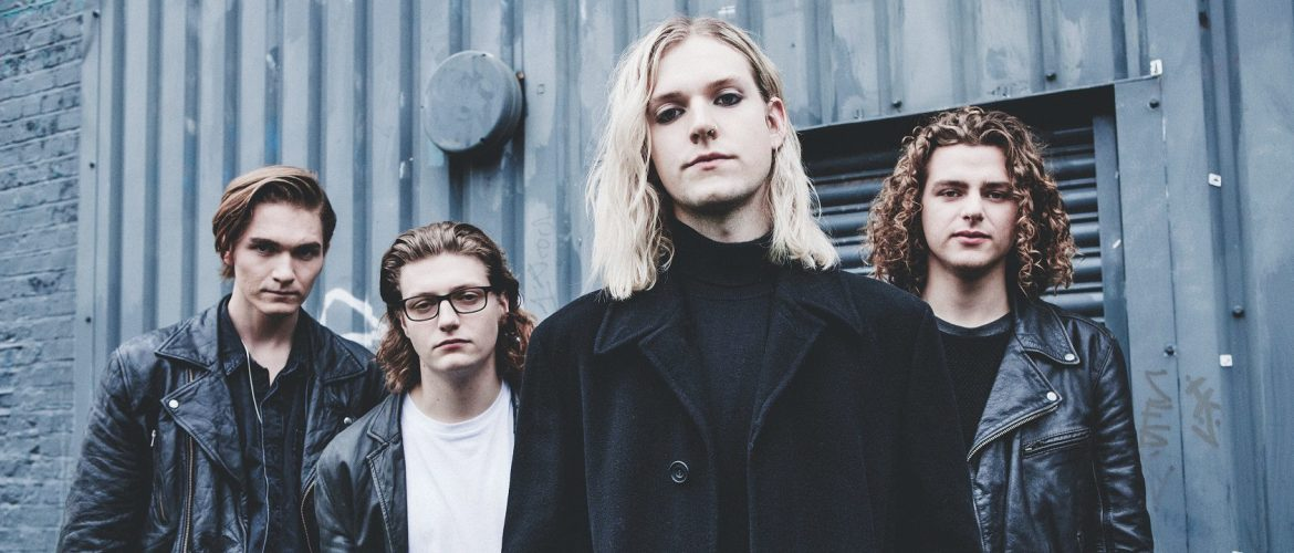 new music alert-olympia-by-sundara karma-indie rock-uk-indie music-music blog-new indie music-wolfinasuit-wolf in a suit