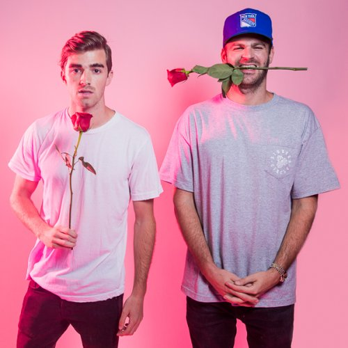 "Song to listen: ""All we know"" The Chainsmokers ft Phoebe Ryan-new music-indie music-new indie music-collaboration-indie pop-wolfinasuit-wolf in a suit"