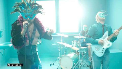 music video recommendation-my bad by capitano-capitano-canada-indie music-indie rock-music blog-wolfinasuit-wolf in a suit