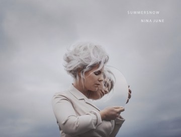summersnow - nina june - Netherlands - indie music - indie - indie pop - new music - music blog - wolf in a suit - wolfinasuit - wolf in a suit blog - wolf in a suit music blog