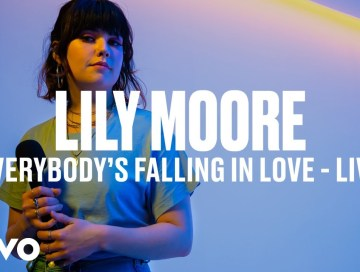 music video - everybody's falling in love - lily moore - UK - indie - indie music - indie pop - new music - music blog - wolf in a suit - wolfinasuit - wolf in a suit blog - wolf in a suit music blog