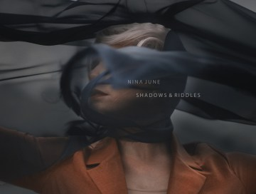 shadows & riddles - nina june - Netherlands - indie music - indie - indie pop - new music - music blog - wolf in a suit - wolfinasuit - wolf in a suit blog - wolf in a suit music blog