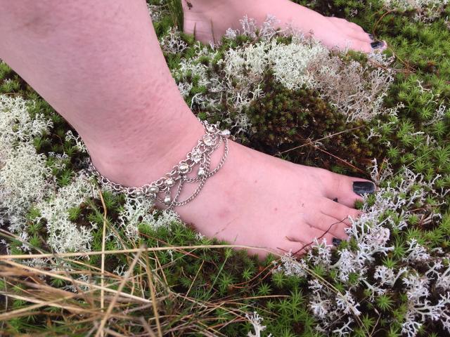 bare feet on island