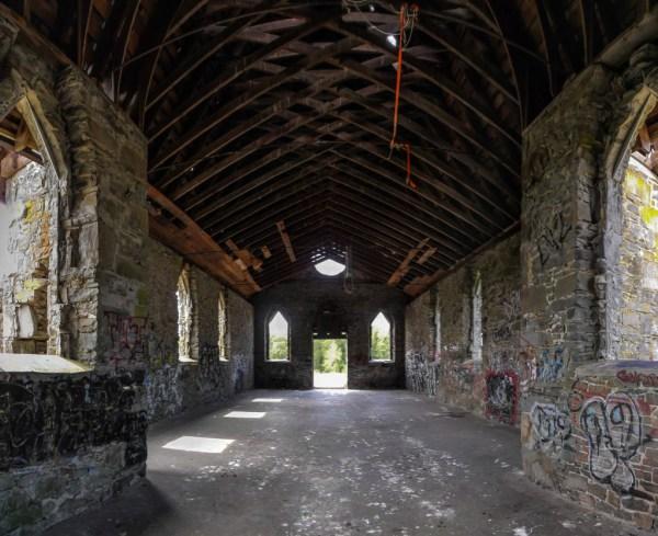 Butter Church, Interior