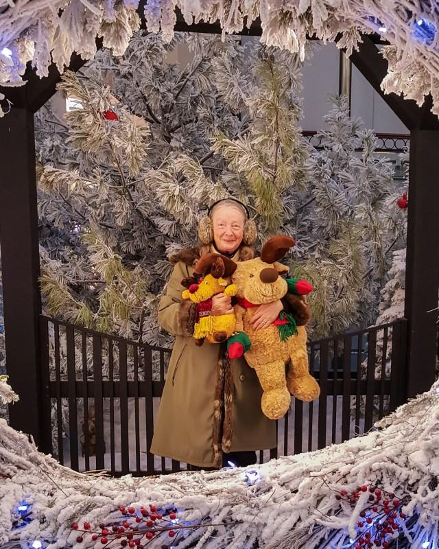 Krinkles, Twinkles and Mrs. Claus