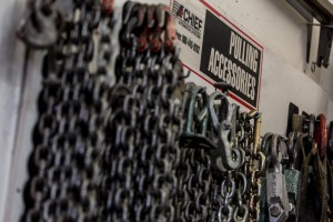 Chains for frame straightening