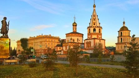 Irkutsk - Am Platz der Drei Kirchen