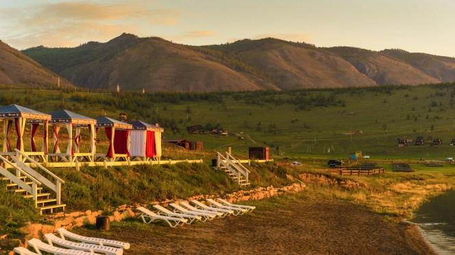 gegen 06:00 Uhr - kurz nach Sonnenaufgang am Basis-Camp Da-Shi