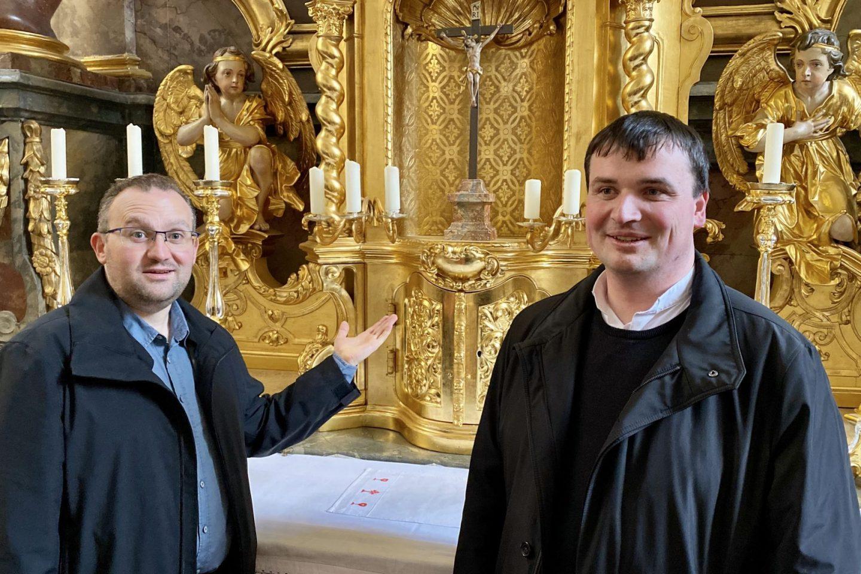 Pfarrer Nowak und Roeb
